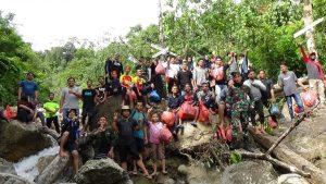 Sejak viral di sosial media, sungai Alue Gantung yang terletak di Desa Pante Ara, Kecamatan Beutong, Kabupaten Nagan Raya itu kini menjadi salah satu target kunjungan para wisatawan.