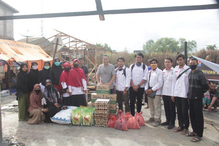 KAMMI Aceh Barat Salurkan Bantuan Korban Kebakaran
