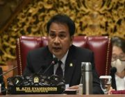 Akibat Bersepeda, Wakil DPR RI Azis Syamsuddin Alami Kecelakaan
