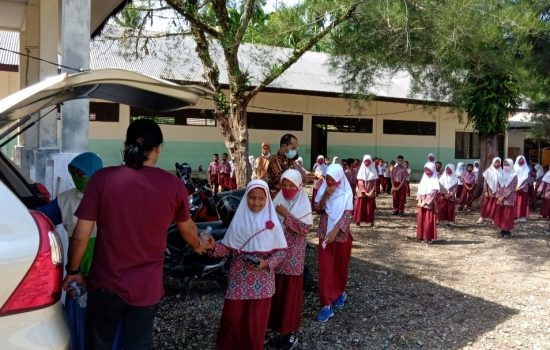 Peduli Dunia Pendidikan Saat Pandemi, GNI Meulaboh Distribusikan APD Ke Sekolah
