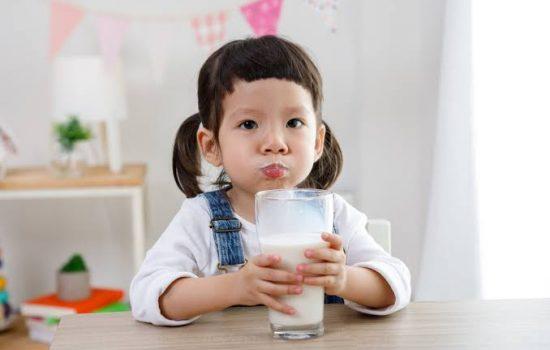 Pentingnya Minum Susu Sebelum Tidur