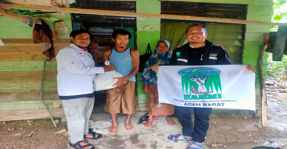 Lima Hari Galang Dana, KAMMI Aceh Barat Bagikan Langsung Paket Sembako Ke 4 Kecamatan Di Aceh Utara