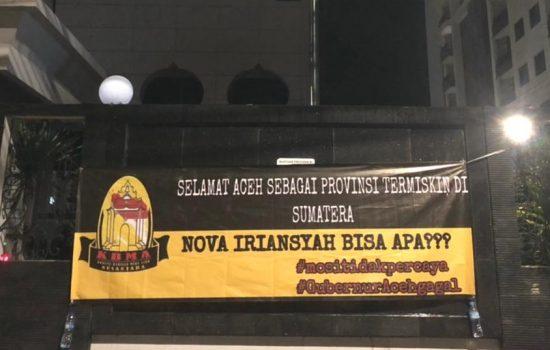 Heboh, Puluhan Spanduk Bertuliskan Aceh Provinsi Termiskin Se Sumatra Tergantung Di Jakarta